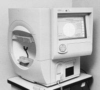 Fig. P7 Computerized perimeter. (Humphrey Field Analyzer, Humphrey Instruments, Inc