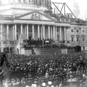 A photograph of the March 4, 1861 inauguration of Abraham Lincoln in front of United States Capitol.